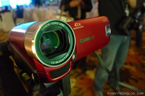 These Canon products go Super Zoom