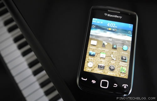 BlackBerry Curve 9380 02