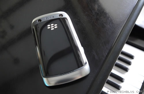 BlackBerry Curve 9380 03