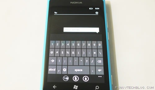Nokia Lumia 800 keyboard