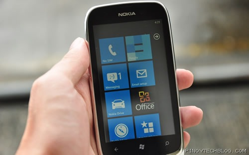 Nokia Lumia 610 display
