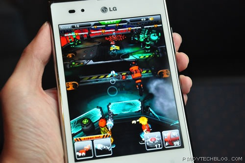 LG Optimus Vu 09