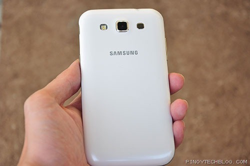 Samsung-Galaxy-Win-back