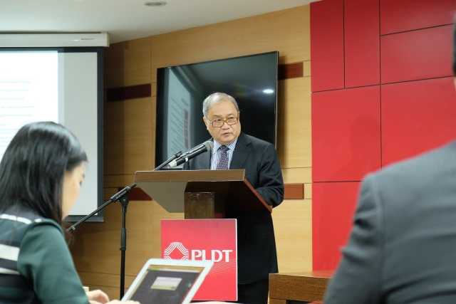 PLDT acquires 50% of SMC Telco business, eyes service improvements with the 700Mhz band