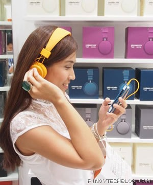 tetel with urbanears