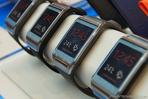 Samsung-Galaxy-Gear-01