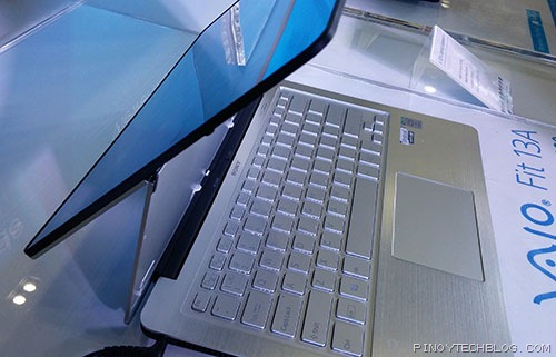 Sony VAIO Fit flips to be used as a tablet or a laptop