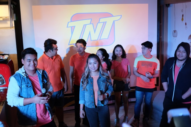 tnt new logo  (1)