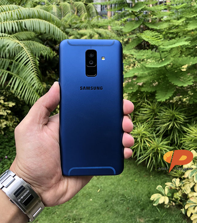2a3e5a9a526 The Samsung Galaxy A6+ and the Samsung Galaxy A6 are equipped with a  combination of 4GB RAM + 32GB onboard storage and 3GB RAM + 32GB internal  storage ...